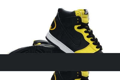 check out b7619 397ff authentique Nike Dunk High Batman Chaussures jaune noir Custom